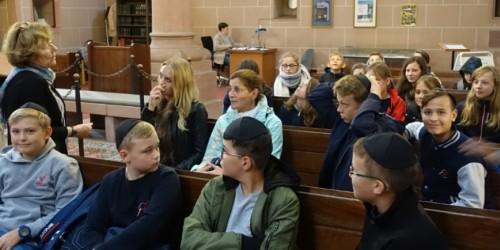 Ausflug ins jüdische Worms des evangelischen Reli-Kurses von Frau Marz