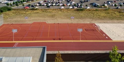 Bau des Sportplatzes