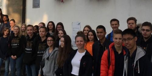 Schüler des NG besuchen Podiumsdiskussion im Rüsselsheimer Rathaus